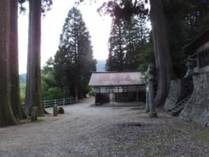 s13年6月25日小田木神社境内sk3k