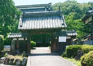雲彩寺山門2