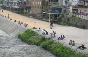 鴨川カップル